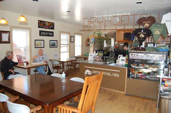 Dryhootch cafe